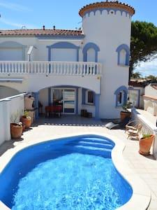 Casa con piscina Empuriabrava - Empuriabrava