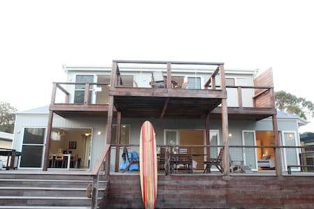 Sea Glass Beach House - Waratah Bay