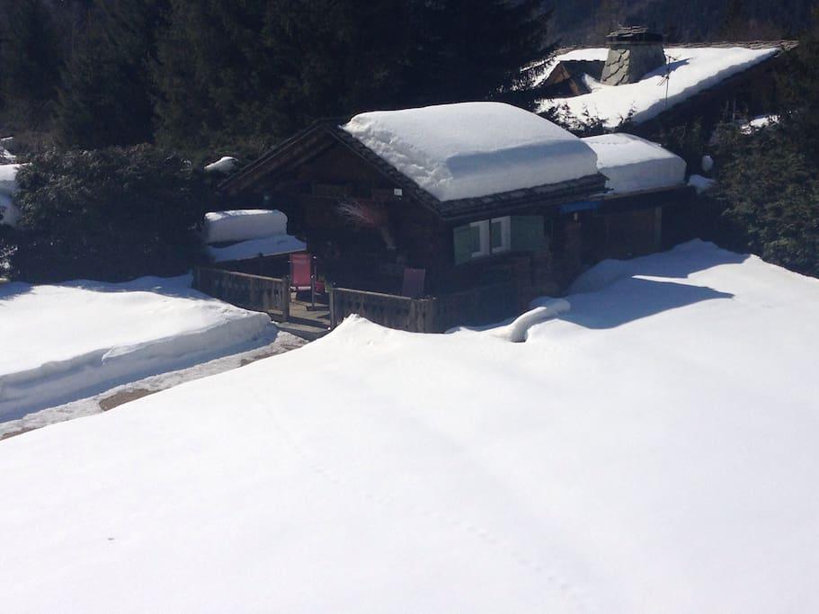 Le mazot vu du balcon de notre maison