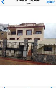 Alquiler de chalets en urbanizacion - House