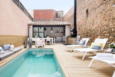 THE PINK HOUSE MARENYA/ LA TALLADA D EMPORDA - Rumah