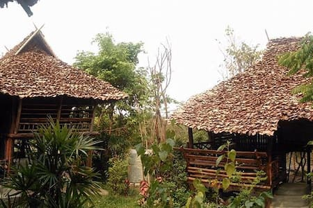 Treehouse - Tambon Mae Raem