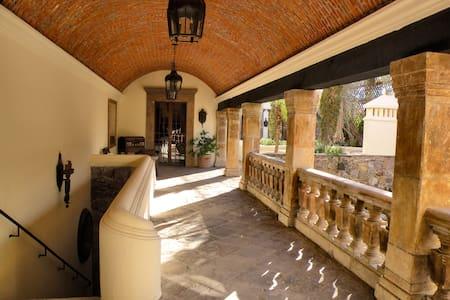 Villa Las Palomas SMA, Mexico - San Miguel de Allende - Villa