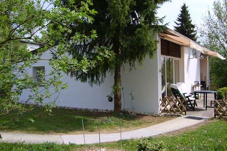 Sauerland, vrijstaande bungalow  - Casa