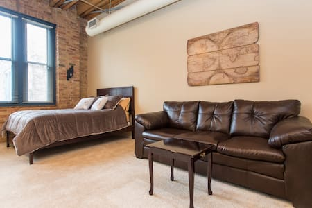Stylish Loft Charming Old Town - Chicago - Pis