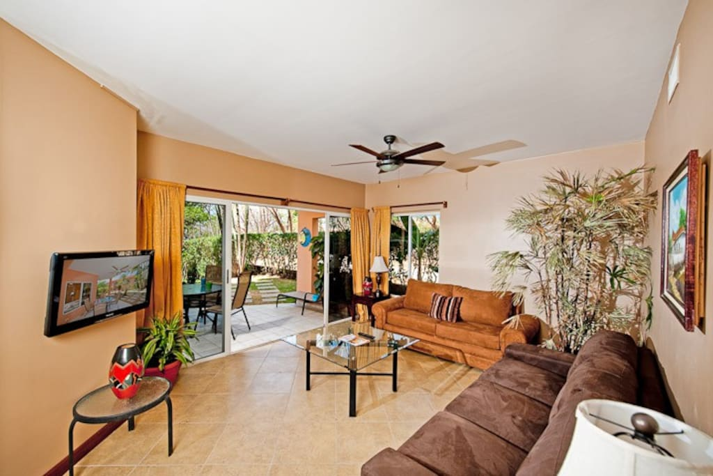 Great 3BD condo on The Beach - BL01