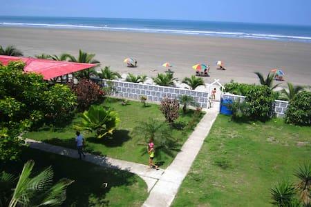 Beach vacation. Ecuador. 4p - Casa