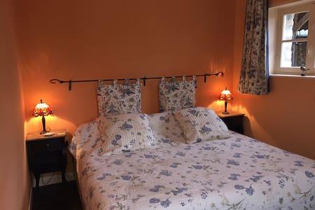 SUITE MONET - Villers-en-Arthies - Bed & Breakfast