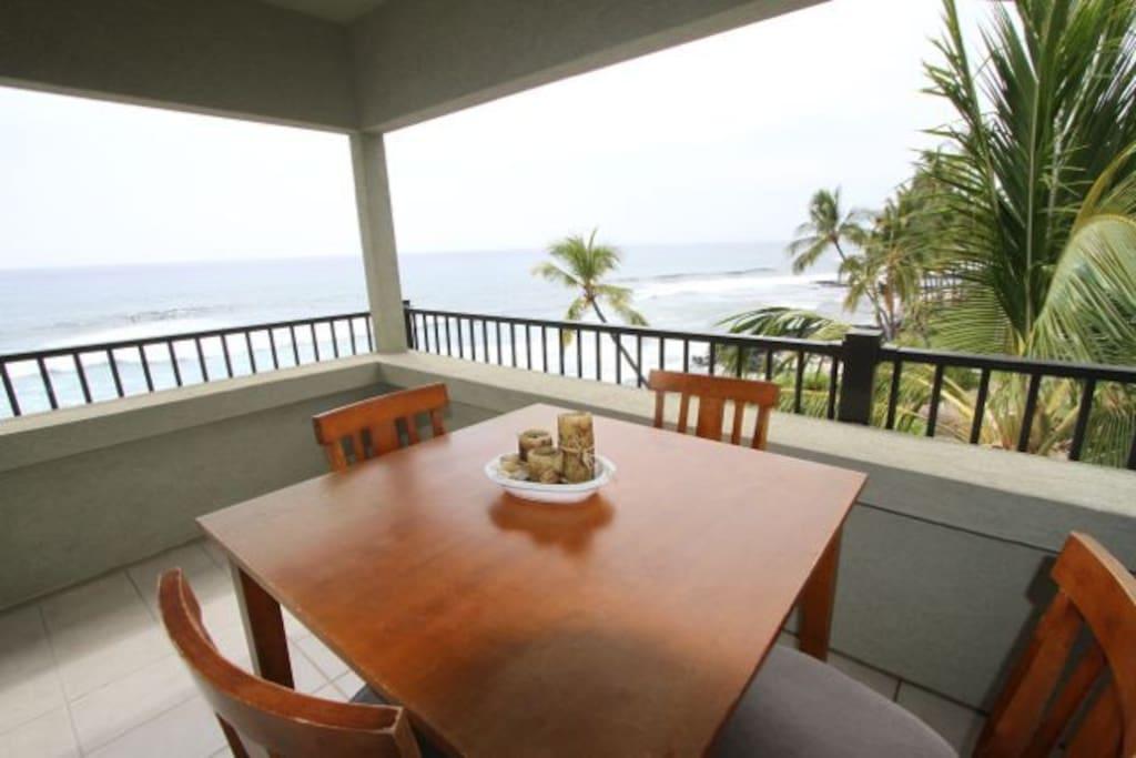 Enjoy your favorite meals overlooking the pacific ocean
