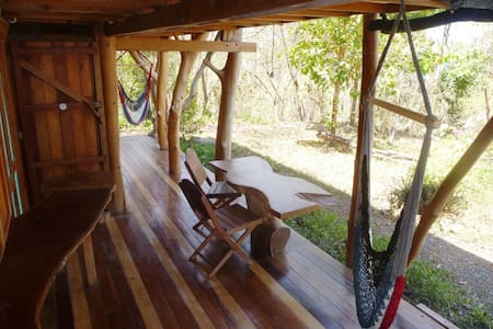 Tree house in a real jungle setting - Puntarenas Canton - Bed & Breakfast