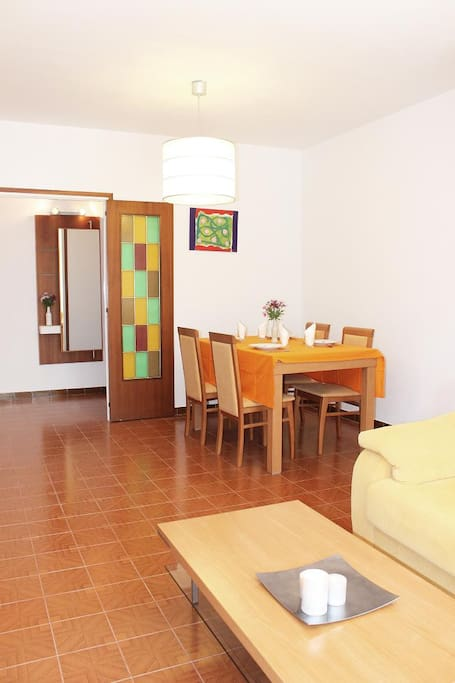 Soleado piso cerca de la playa apartamentos en alquiler - Alquiler pisos cubelles ...