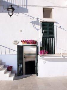 Casa Felice B&B Lungomare S. Maria - Monopoli - Bed & Breakfast