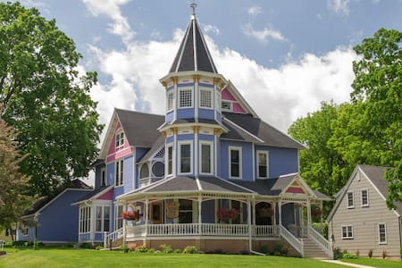 Well-Established, Downtown B&B - Faribault