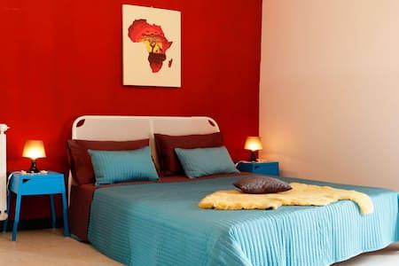 B&B Business - Africa room - Bed & Breakfast