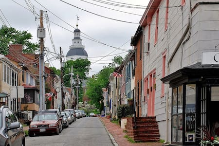 In the Heart of Downtown Annapolis-Private Parking - Annapolis - Casa