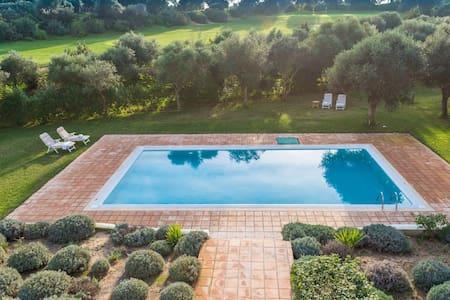 Dalia-Villa for 10. Pool+big garden - Villa