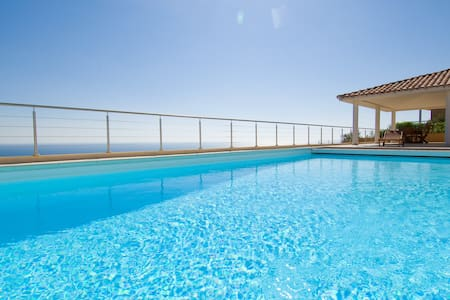 Villa prestige magnifique vue mer - Willa