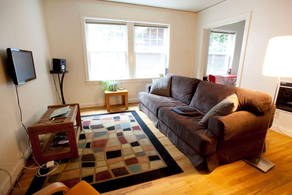 Private Studio Apartment in Buckman