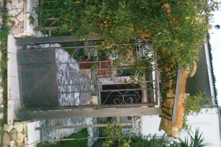 Villa di campagna Roberta valleCino - Rumah