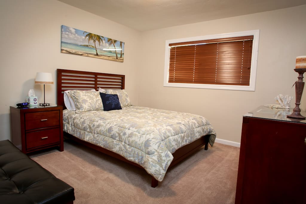 Avila Bedroom with dresser, nightstand, closet