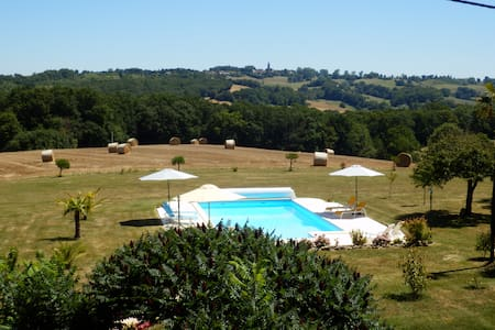 One bedroom gite in rural location with pool - Lupiac - Huis