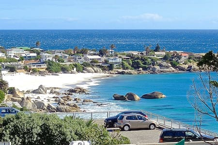 Clifton First Beach Apartment - Kaapstad