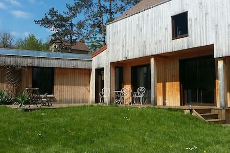 grande maison en bois - Maule