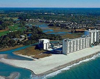 Ocean Front Condo with Golf Facilities - Myrtle Beach - Appartement en résidence
