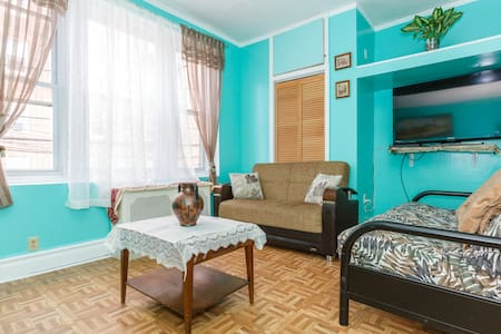 15 MIN TO NYC BY BUS 2 BED APT - Apartment