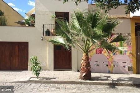 Your Own Oaxacan Pied-a-Terre - Lejlighed