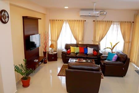 Teresa Plaza Serviced Appartment 2 - Kottayam - Apartment