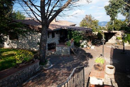 Splendido casale in pietra del '900 - Amaseno - Villa
