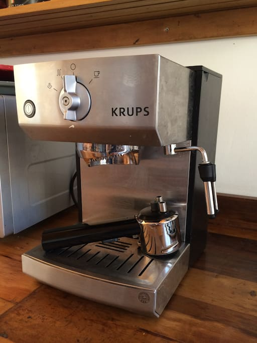 coffee machine for the best espresso and capuccino in town