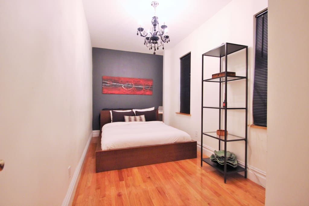 Spacious 1 bedroom Times Square!