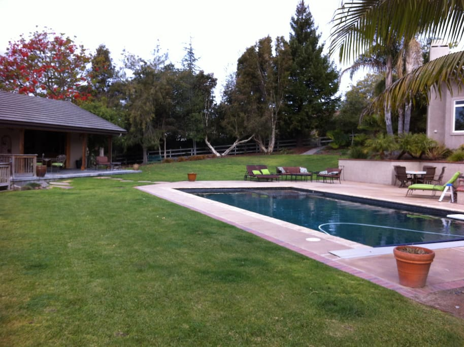 Open space and pool.  Pool towels provided. Pool heated May - September.  Off season heating available for an additional $75.