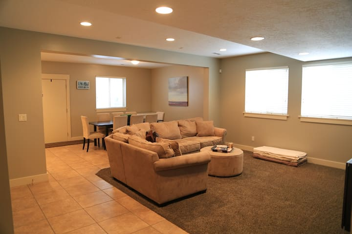 suites basement apt in slc apartments for rent in salt lake city