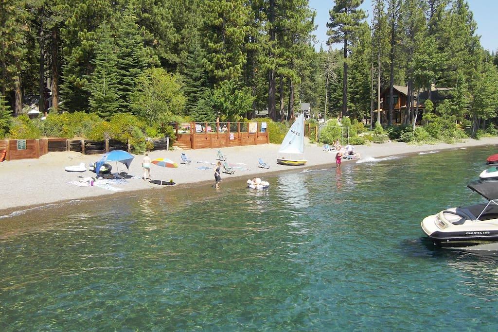 Forest Setting,Hot-tub,Beach Access