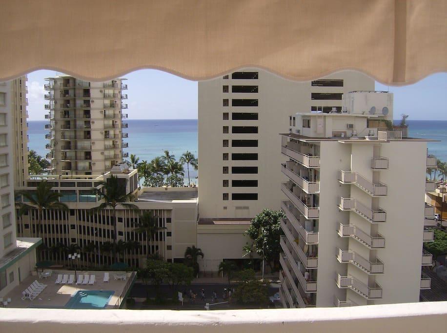 Waikiki Penthouse  1 BDRM KV 1201A