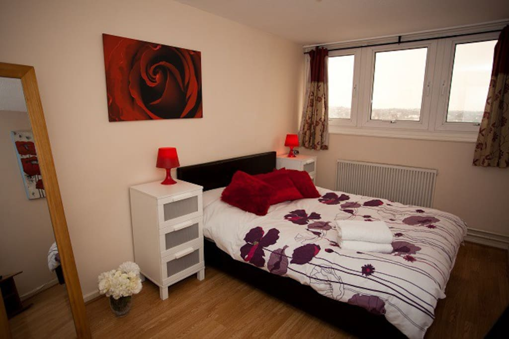 Two Double Bedrooms with an optional extra 3rd Bed in the lounge or bedroom