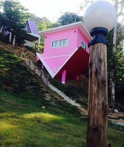 Bed and Breakfast in colorful house - Bed & Breakfast