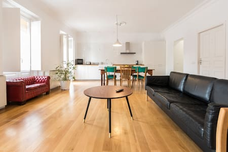 CHARMING 2B APARTMENT IN THE CENTER¡ - Madrid