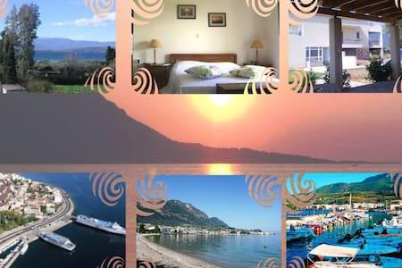 Greek seaside villa, gulf of Evia - Agios Konstantinos - Haus