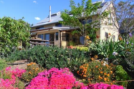 Exclusive country bush retreat - Maison
