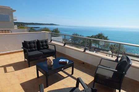 2 rooms with sea view, 201 S'Illot - Apartament