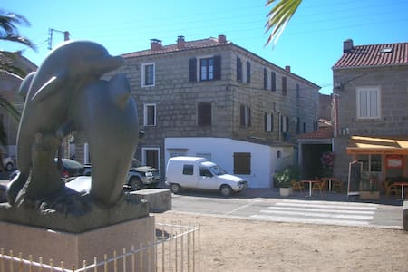 Corse du sud. Appartement 2 pièces  - Lejlighed