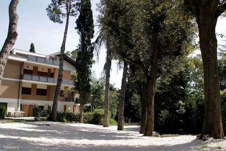 """Apt """"Oleandro"""" in Villa with pool - Apartment"""