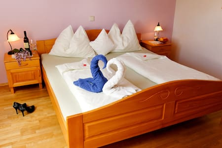 Double Room - Bed & Breakfast - Bed & Breakfast