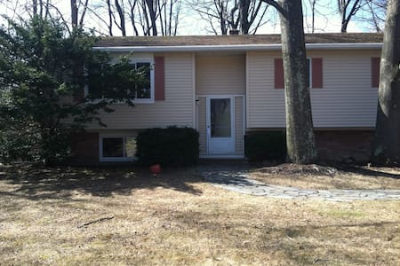 Columbia County NY home sleep 4-6 - Rumah