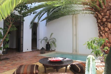 Ryad Dar Zelda 1001 Arabian Nights - Marrakesh - Bed & Breakfast