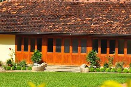 kirinda Walauwa, Gampola, Sri Lanka - Gampola - House